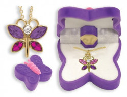 BUTTERFLY PENDANT IN BOX